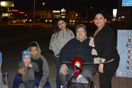 Andrew, Ben, Lisa, Mom & Titi